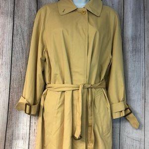 Burberry's trench coat S